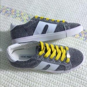 Steve Madden SM1 Fashion Sneaker 👟👟